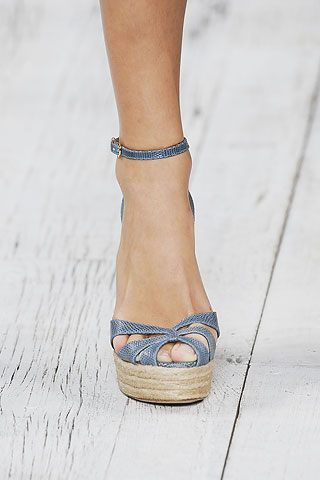 Classic wedge shoes with a pale colour cordination - Ralph Lauren spring 2010
